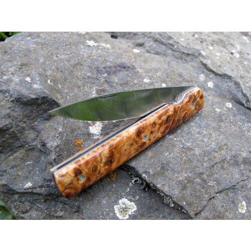 Atelier Perceval Le Francais Einzelstück Damast Maserpappel stabilisiert Gentlemanmesser Vespermesser Brotzeitmesser
