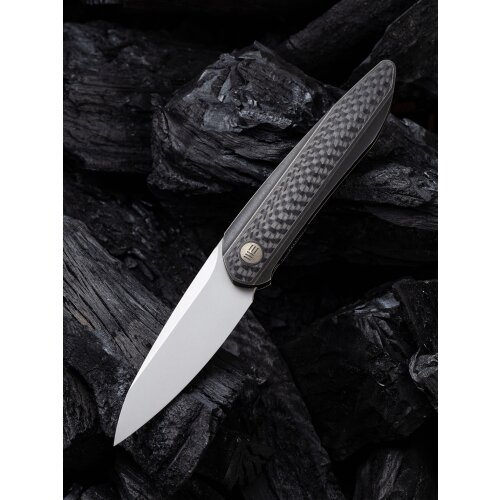 WE Knife Black Void Opus Stonewashed Titan Schwarz Twill Carbon Fiber